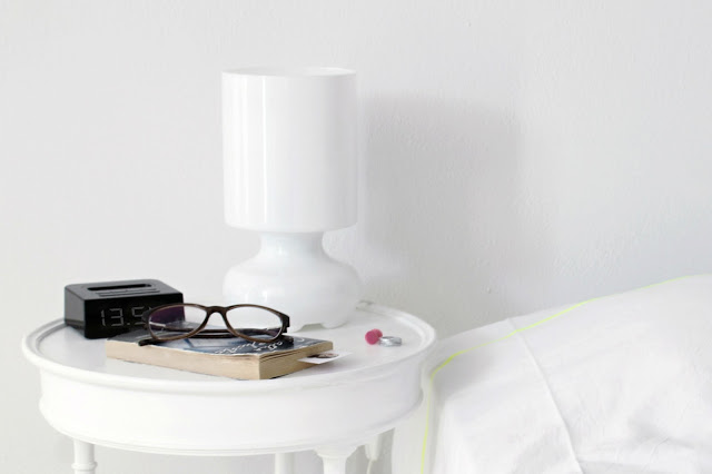 Diy comodino effetto color dipped per una camera da letto for Camera da letto total white